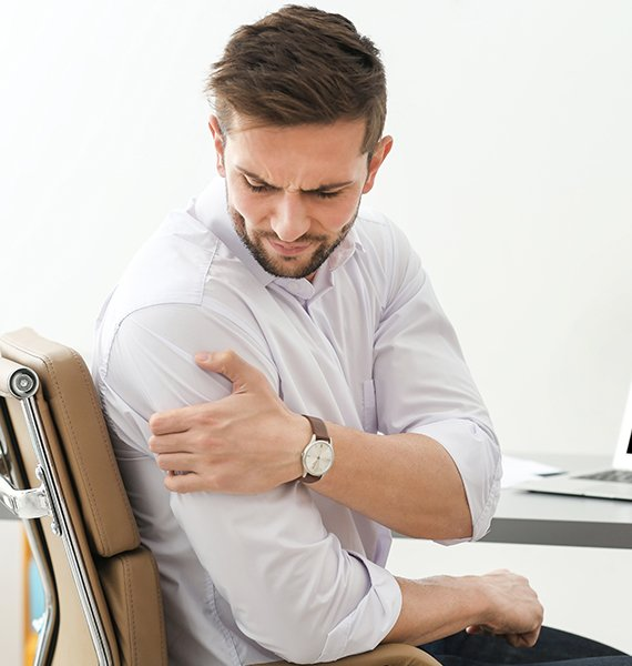 Shoulder Pain | Chiropractor Gold Coast | Massage | Hinterland Chiropractic
